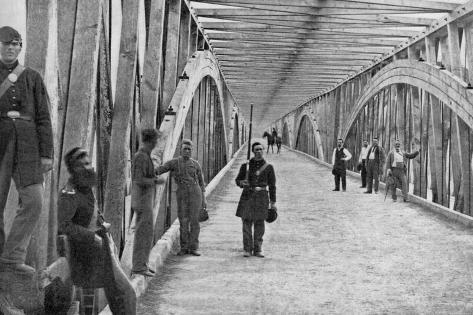 Chain Bridge Väggdekal
