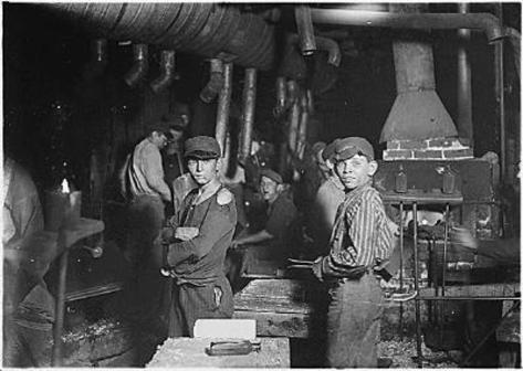 Child Laborers (Indiana Glass Works, Midnight, Indiana, 1908) Art Poster Print Masterprint