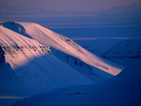 Valley of Reindalen., Spitsbergen Island, Svalbard Photographic Print