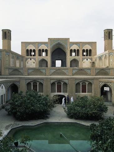 Courtyard of Agha Bozorg Mosque and Madrasah (18th Century), Kashan, Iran Lámina fotográfica