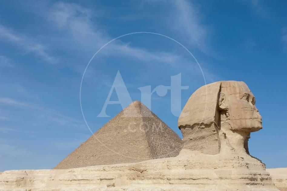 the great sphinx of giza and the pyramid of khufu giza egypt