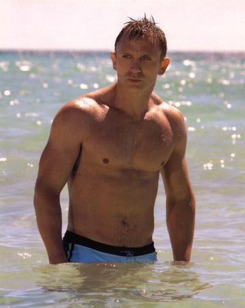 Daniel Craig In Water James Bond Movie Photo Print