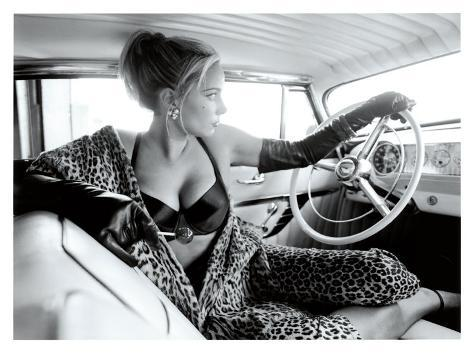 Pin up girl hot rod leopard