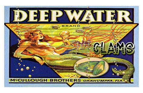 Deep Water Clams Giclee Print