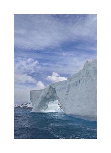Iceberg Arch Giclée-vedos