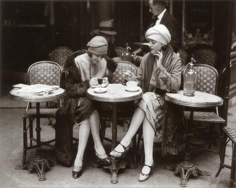 Donne sedute sulla terrazza del caffè Stampa artistica