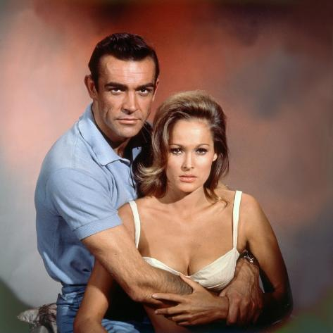 Dr No 1962 Directed by Terence Young Sean Connery / Ursula Andress Photo
