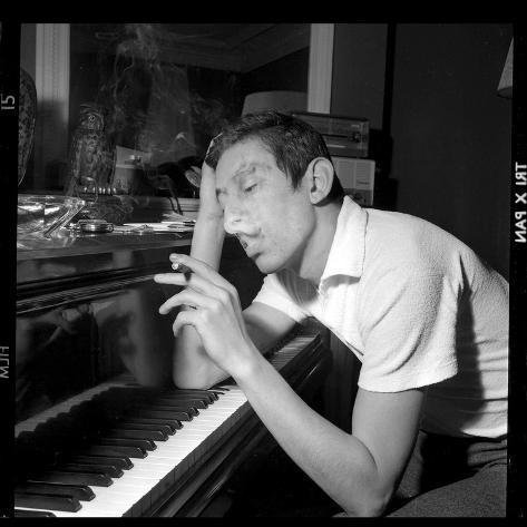 Serge Gainsbourg Smoking Fotoprint