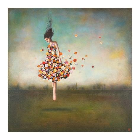 Vrouw met jurk van bloemen, titel: Boundlessness in Bloom Kunstdruk