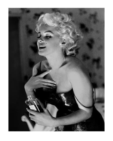 Marilyn Monroe, Chanel No.5 Art Print