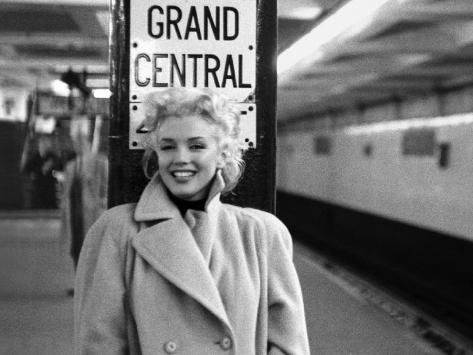 Marilyn Monroe Grand Central Posters By Ed Feingersh At Allposterscom