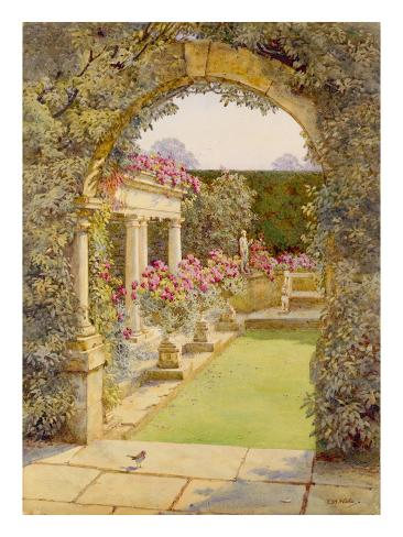 The Fountain Court Giclee Print