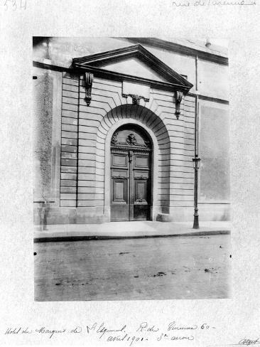 Hotel Du Grand Veneur in Paris, 60 Rue De Turenne, 1901 Giclee Print