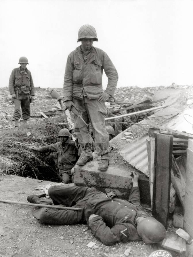 Five US Soldiers Of The 79th Infantry Division After Fighting In German Positions Photographic Print At AllPosters