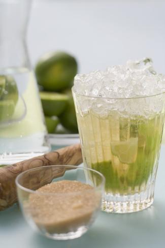 Caipirinha with Lime and Cane Sugar Valokuvavedos