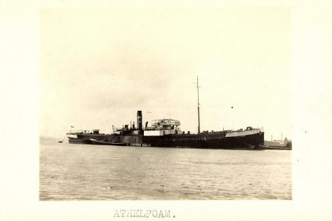 Foto View of Steamer Athelfoam Near a City Giclee Print
