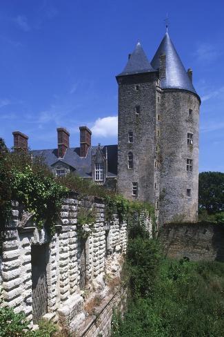 France, Pays De La Loire, Blain, 12th Century Groulais Castle Giclee Print