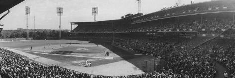 World Series Game Between New York Yankees and Pittsburgh Pirates at Forbes Field Premium Photographic Print