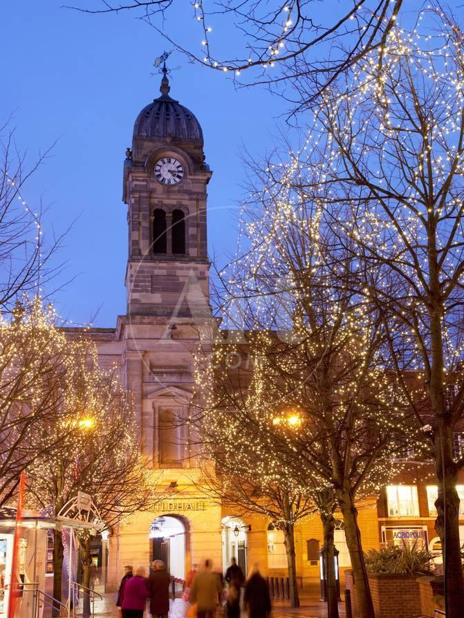 England Christmas Lights.Christmas Lights And Guild Hall At Dusk Derby Derbyshire England United Kingdom Europe