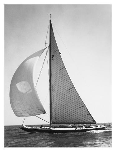 Full Front Sail, 1936 Art Print