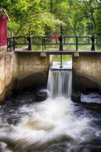 D & R Canal Lock, New Jersey Photographic Print