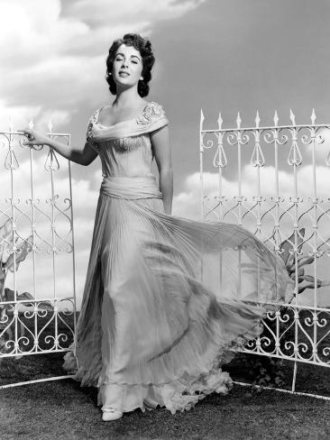 Giant Elizabeth Taylor In A Dress By Marjorie Best 1956 Photo At Allposters