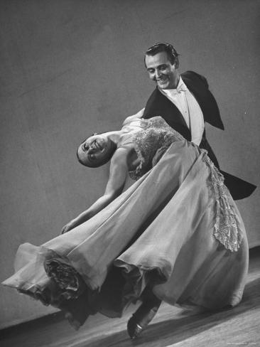 Frank Veloz and Yolanda Casazza, Husband and Wife, Top U.S. Ballroom Dance Team Performing Photographic Print