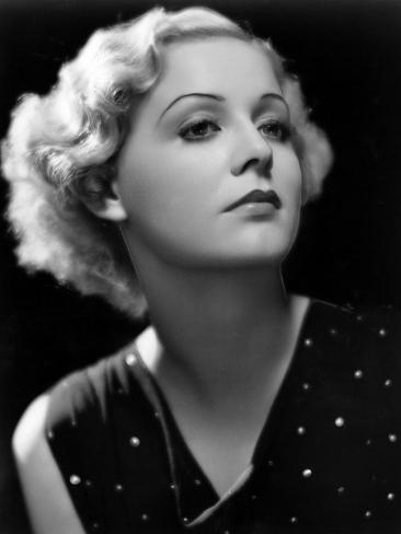 Gloria Stuart, 1933 Photo