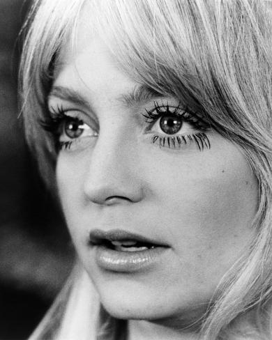 Goldie Hawn - Shampoo Photo