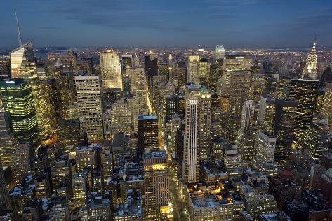 Vista dall 39 alto di manhattan new york di notte sticker for New york dall alto