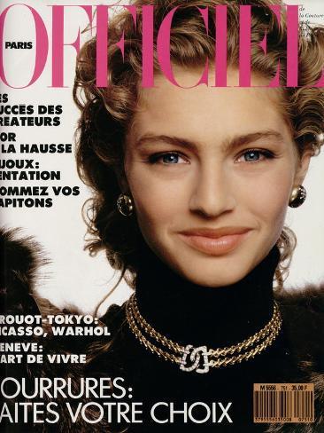L'Officiel, November 1989 - Michaela Porte une Pelisse d'Yves Saint Laurent Taidevedos