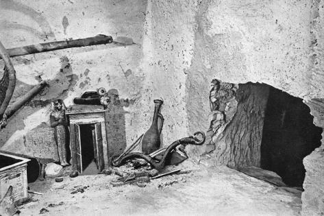 Hole Made by Robbers to Gain Admission to Tutankhamun's Tomb, Egypt, 1933-1934 Giclee Print