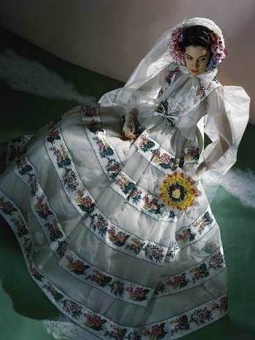 Vogue - June 1940 Premium Photographic Print