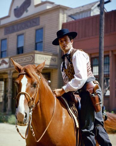 Hugh O'Brian, The Life and Legend of Wyatt Earp (1955) Photo
