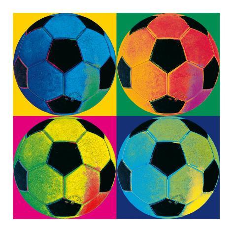 0822709e53 Quatro Bolas  Futebol Poster por Hugo Wild na AllPosters.com.br