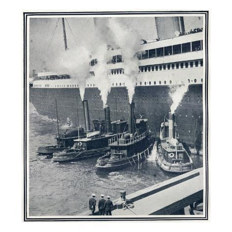 Illustrations of the Olympic in New York Harbour, Surrounded by Tugs. Stretched Canvas Print
