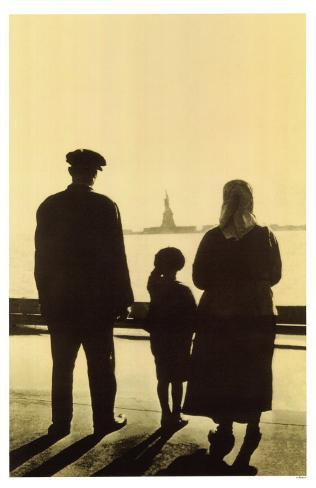 Immigrant Family Looking At Statue Of Liberty From Ellis Island Masterprint