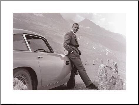 James Bond: Aston Martin Impressão montada