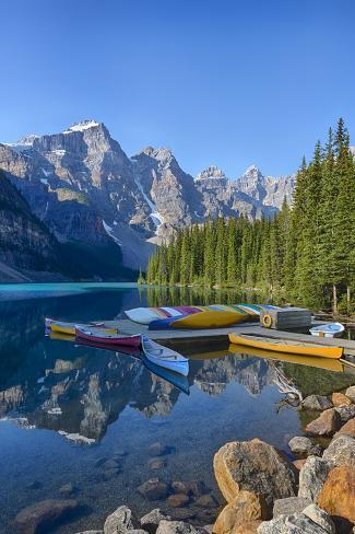 Canada, Banff NP, Valley of the Ten Peaks, Moraine Lake
