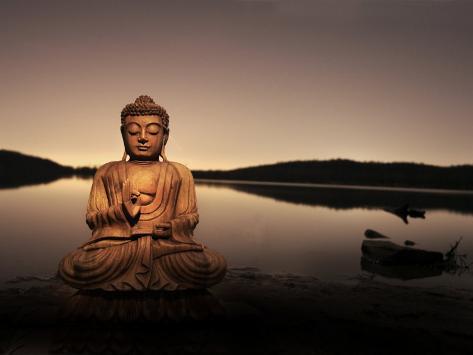 Gyllene Buddha vid sjö Fotoprint