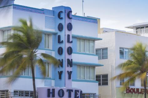U S A Miami Beach South The Colony Art Deco Hotel On Ocean Drive
