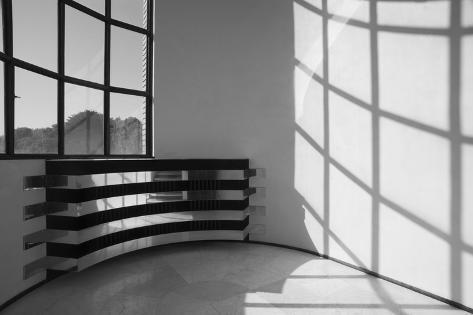 villa cavrois escalier palier interm diaire cache radiateur l mina fotogr fica por jean. Black Bedroom Furniture Sets. Home Design Ideas