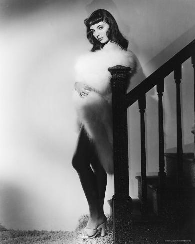 Joan Collins Photo