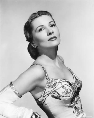 Joan Fontaine Photo