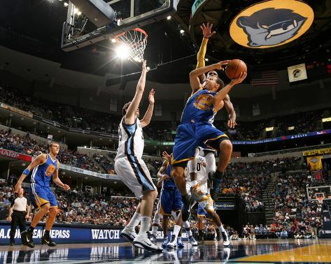 Golden State Warriors v Memphis Grizzlies: Stephen Curry, O.J. Mayo and Marc Gasol Photo