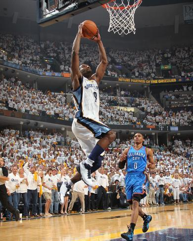 Oklahoma City Thunder v Memphis Grizzlies - Game Four, Memphis, TN - MAY 9: Tony Allen and Russell  Photo