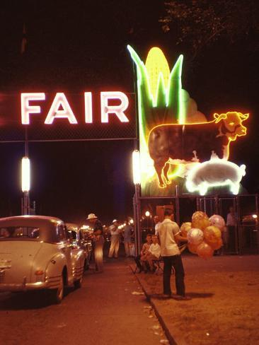 Man Selling Balloons at Entrance of Iowa State Fair Photographic Print