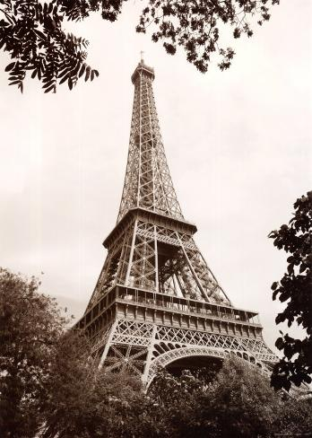 Eiffel tower in spring stampe di jonathan larsen su for Names of famous towers