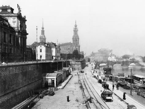 View of Dresden from the Bruehlsche Terrasse on the Katholische Hofkirche, circa 1910 Giclee Print