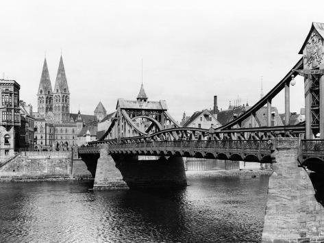Weser Bridge, Bremen, circa 1910 Giclee Print